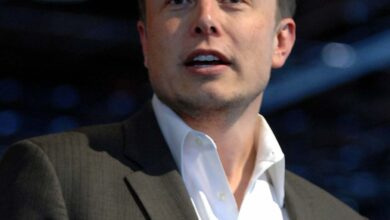 Photo of Elon Musk Becomes World's Richest Man at 49