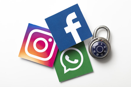 Facebook, WhatsApp and Instagram, All Down!